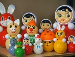 Смотр-конкурс «В каждой избушке свои игрушки»