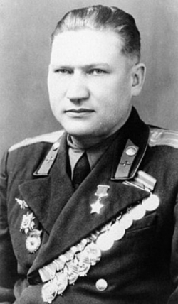 Новоселов Кузьма Васильевич